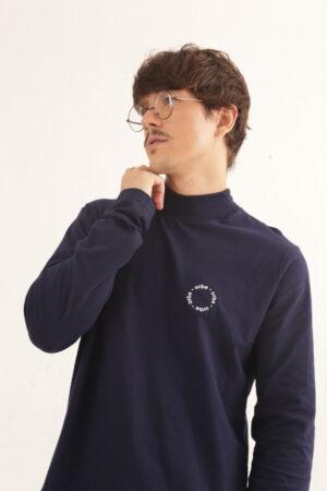 Camiseta Gola Alta – Azul